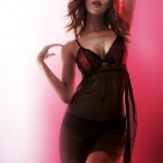 Triumph Red Temptation Nighty - printemps/été 2012