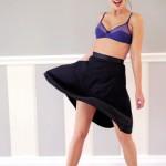 Lingerie Insensée 2012, soutien-gorge Inspiré et jupe noire