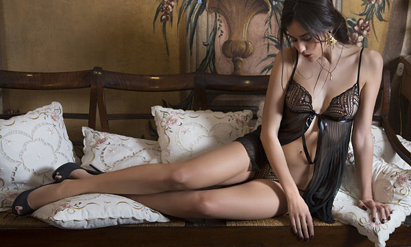 Christies lingerie automne-hiver 2013
