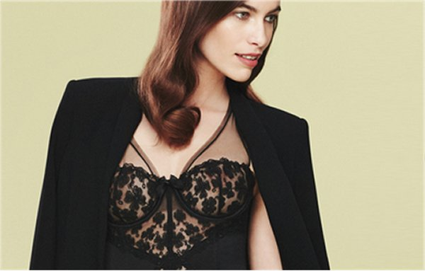 La ligne Floral Embroidery de Myla London
