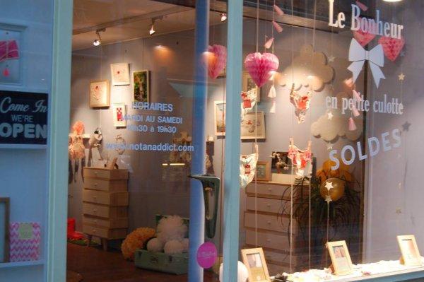 La boutique de Not An Addict au 113, rue des Dames dans le 17ème à Paris